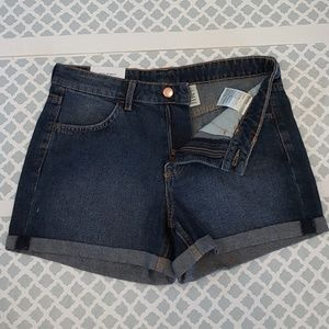 H&M Regular Waist  Rolled Up Cuffed Shorts